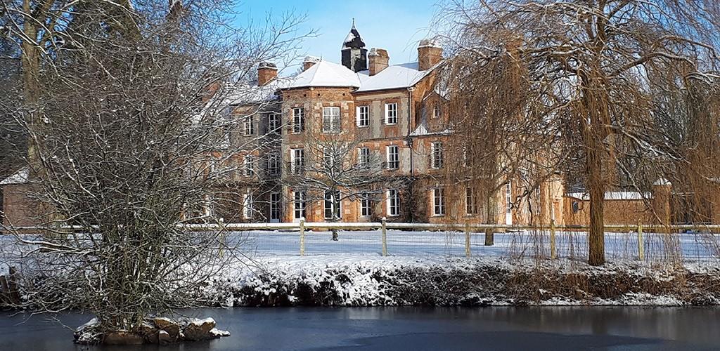 chateau-en-hiver.jpg